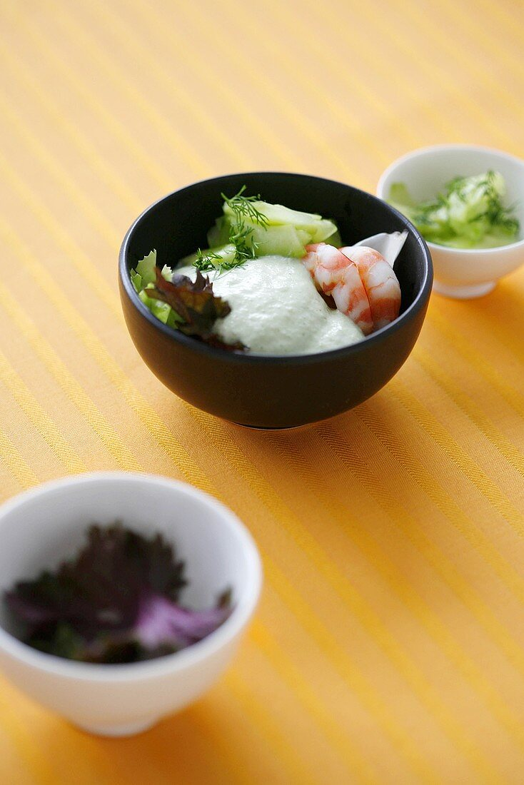 Cucumber froth with prawns