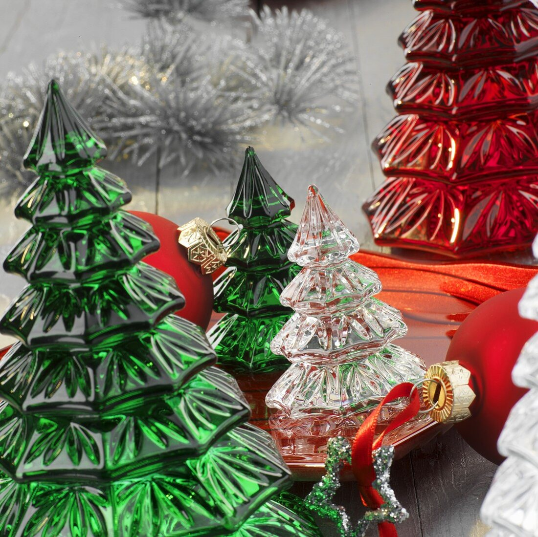 Small glass Christmas trees (table decorations)