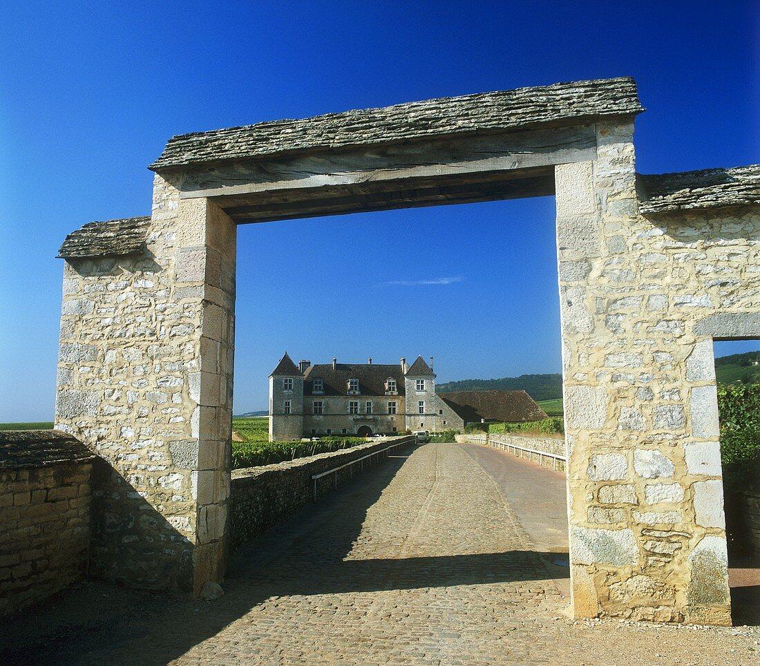 Entrance to Clos De Vougeot, Côte d'Or, Burgundy, France