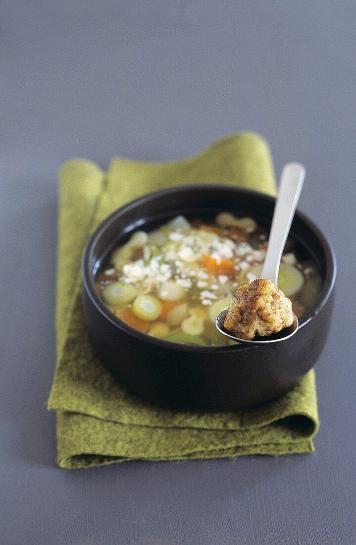 Vegetable soup with veal dumplings