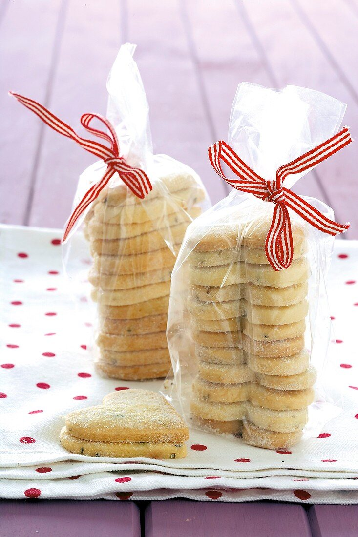 Heart-shaped semolina biscuits with lavender to give as gifts