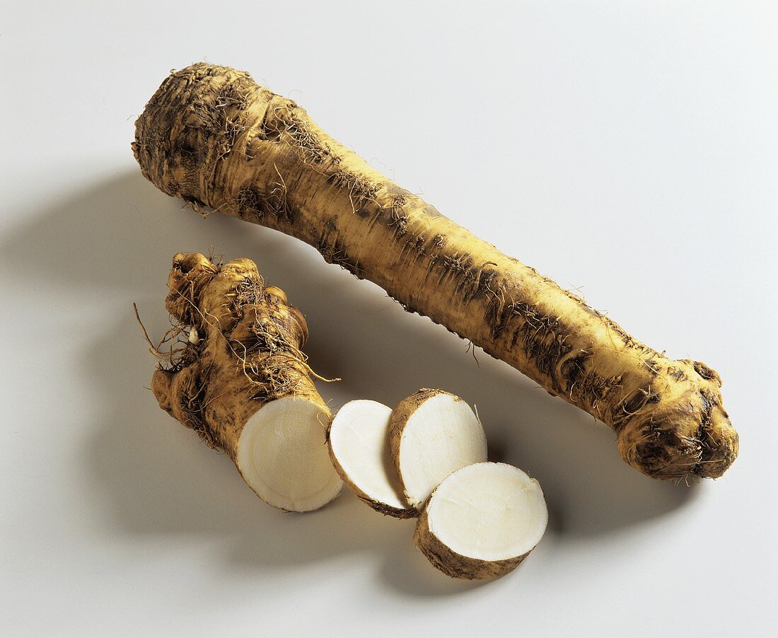 Horseradish root, partly sliced