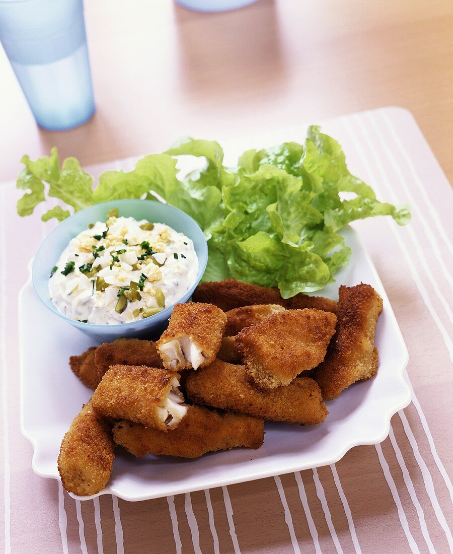 Gourmet fish fingers with remoulade sauce