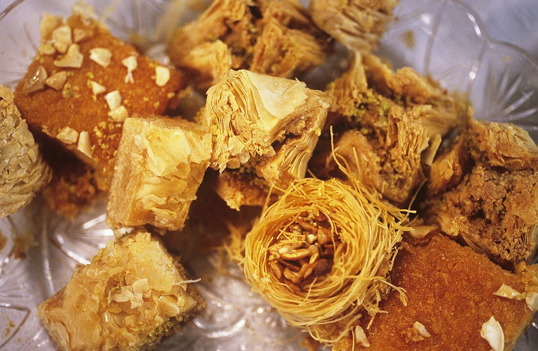 Different types of baklava (sweet Middle Eastern pastry)