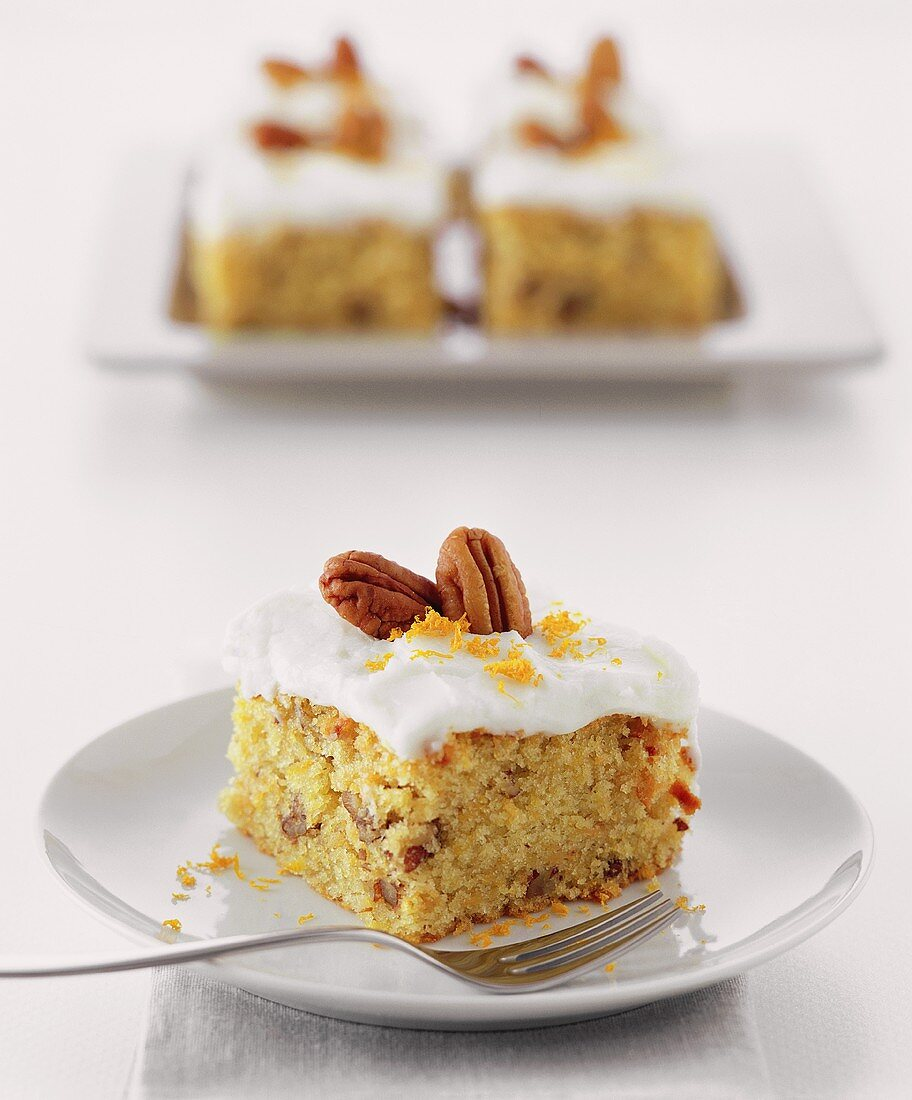 Carrot and orange cake with pecans