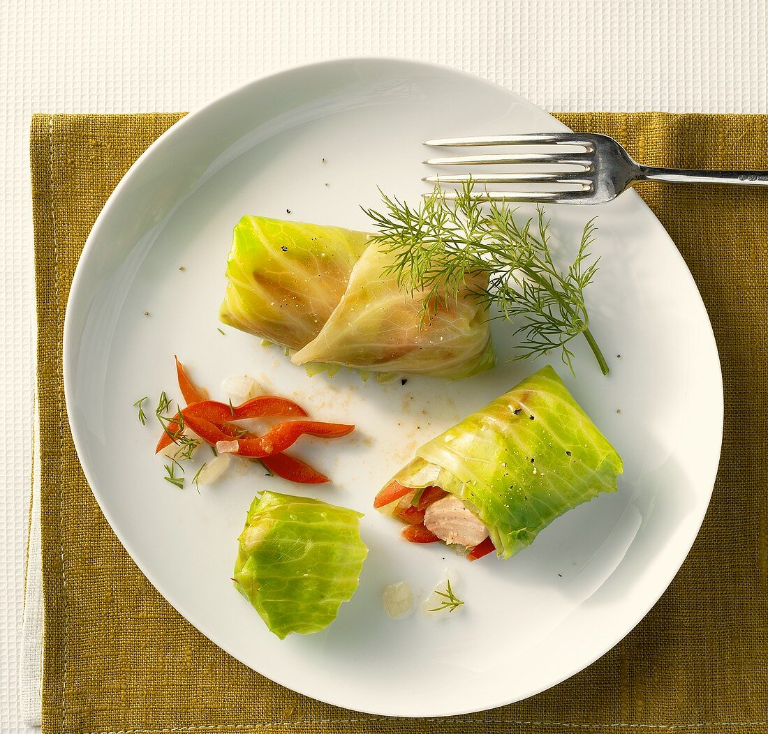 Stuffed cabbage leaves with fish and pepper filling