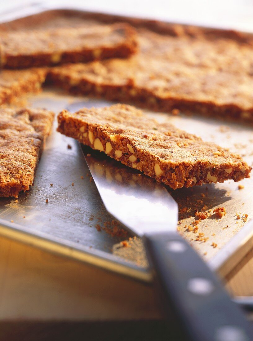 Berliner Brot (Berlin bread, spiced bar cookies)