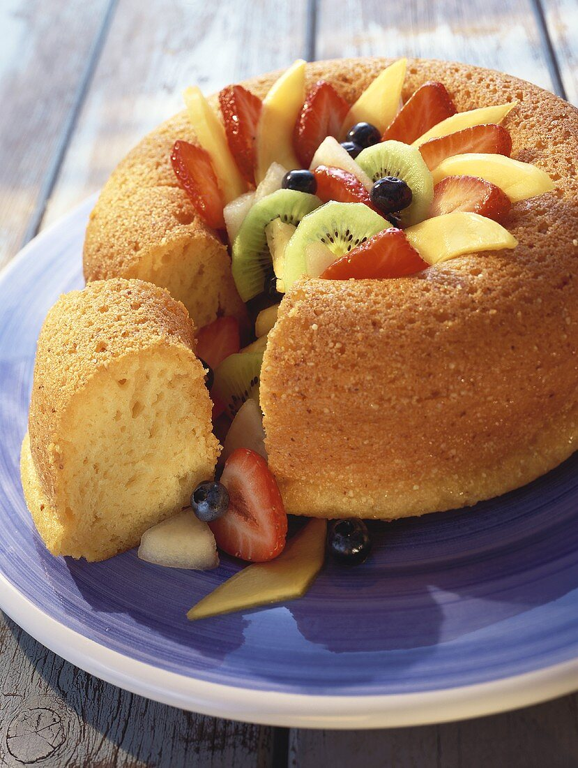 Savarin filled with fruit