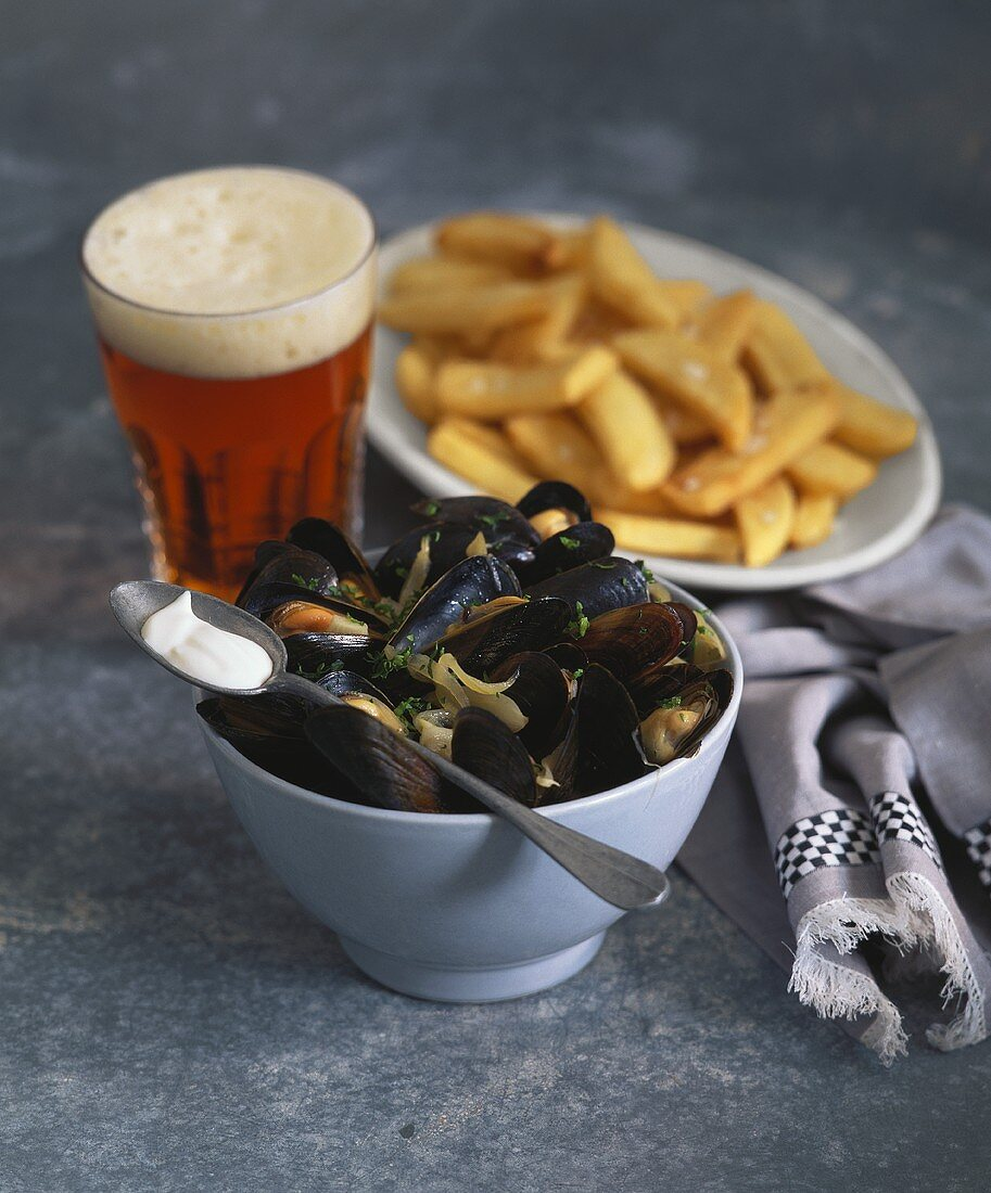 Mussels, chips and beer