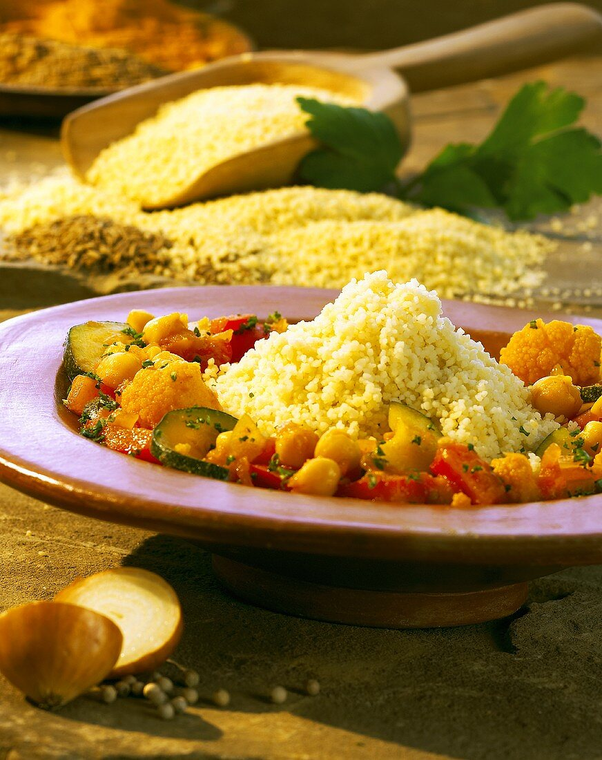 Couscous with vegetable ragout