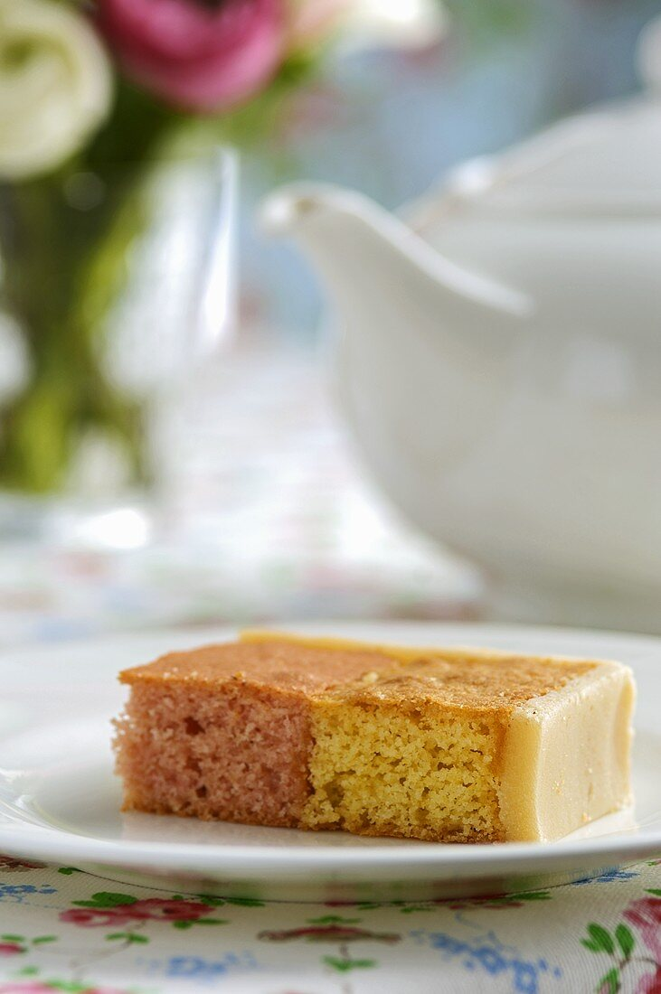 Battenberg cake (two-coloured cake, UK)