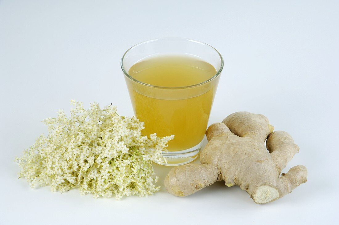 Elderflower syrup with ginger