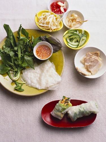 Bo bia chay (Spring rolls, S. Vietnam)