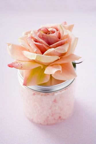 Bath salts and rose