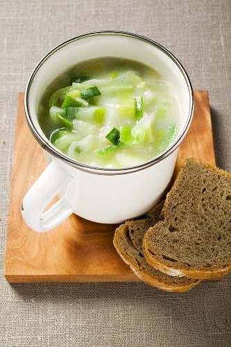 Creamed leek soup in a cup