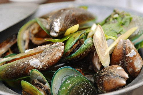 Mussels with lemon grass