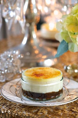 Crème brûlée with dried plums and brandy