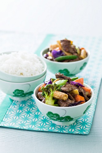 Asian beef and vegetable stir-fry with rice