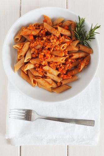 Rigatoni with vegan lentil sauce