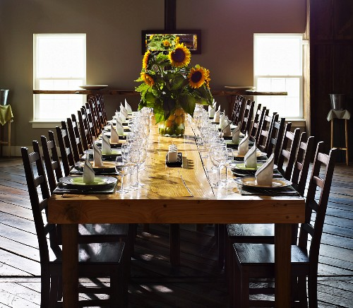 Long Dining Table With Place Settings