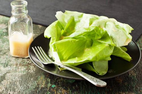 Lettuce with a low sodium honey and mustard dressing