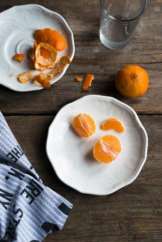 Peeled mandarins