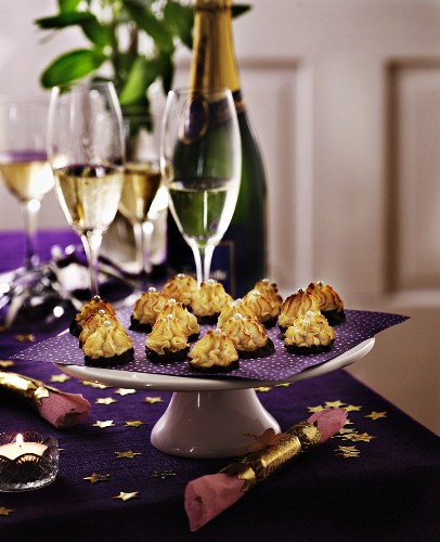Coconut macaroons and champagne for Christmas