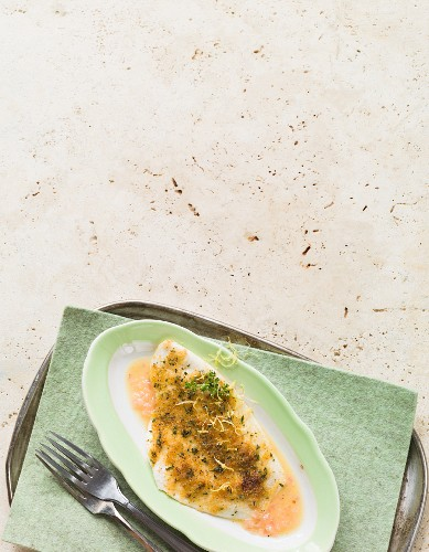 Gratinated plaice fillet with herb crumbs