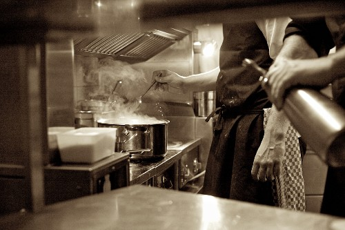 Köche in einer Restaurantküche