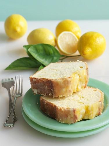 Pound cake with lemon glaze