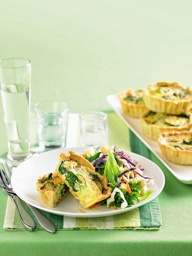 Individual vegetable quiches