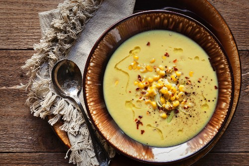 Corn and leek soup with chilli flakes