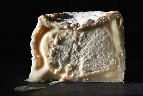 Petit Chaource (soft cheese, France)