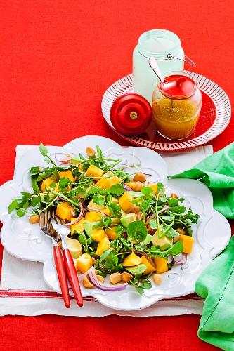 Avocado, mango and macadamia salad