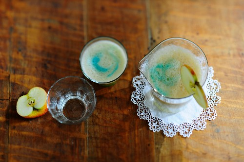 Isarwasser (beer cocktail made with Blue Curaçao)
