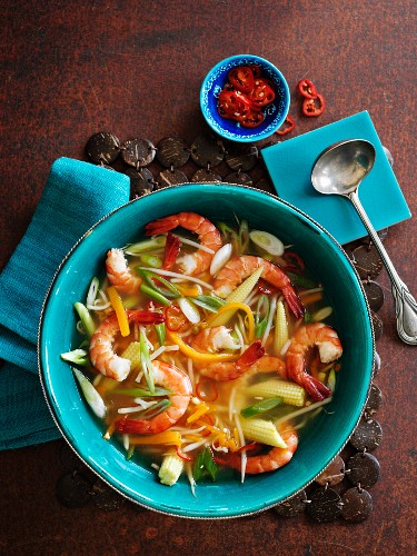 Spicy vegetable soup with prawns (Asia)