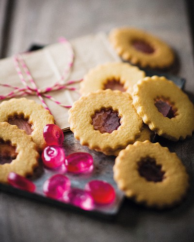Biscuits filled with sweets