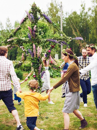 People dancing at midsummer festival