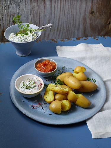 New potatoes with a trio of tips