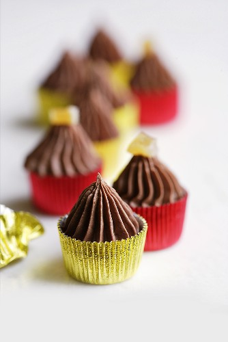 Chocolate and ginger confectionery