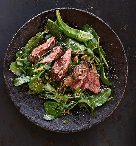 Wild lettuce with peppered steak