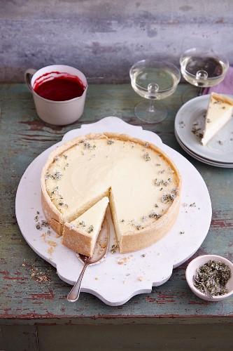 Cheesecake à la Hugo with Prosecco, mint and raspberries