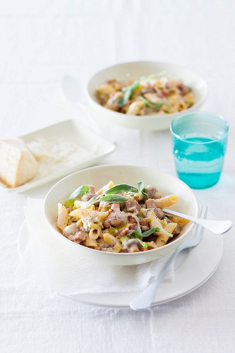Penne with mushrooms, bacon and sage