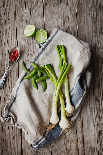 Gemüse auf einem Küchentuch