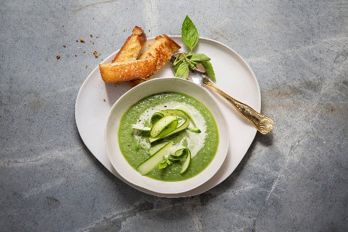 Courgette and line the bean soup with cheese and mustard slices