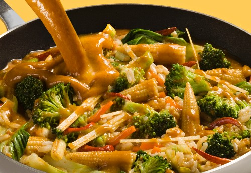 Vegetable curry with bamboo shoots, baby corn cobs, bok choy and rice