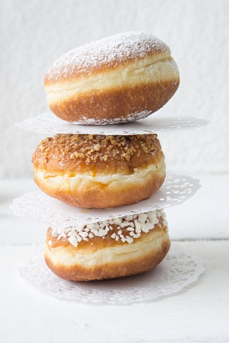 Doughnuts with paper doilies