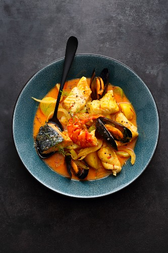 Pot-au-feu made from gourmet fish with lobster and mussels (France)