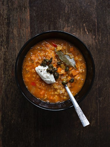 Vegetarian red lentil soup