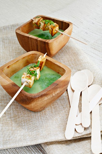 Spinach and soya milk soup with tofu skewers